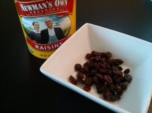 One serving of organic raisins = 1/4 cup
